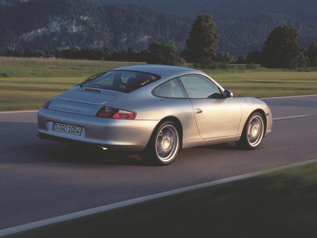 Новый Porsche 911 и эволюция его предшественников. Изображение №24.