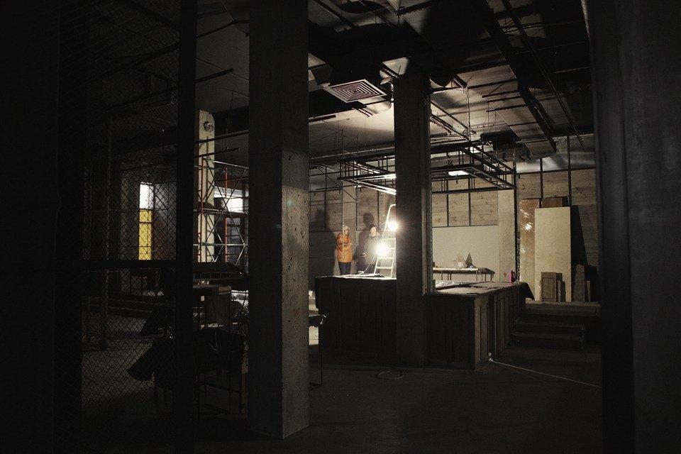 Репортаж из нового магазина FOTT за неделю до открытия. Изображение № 3.