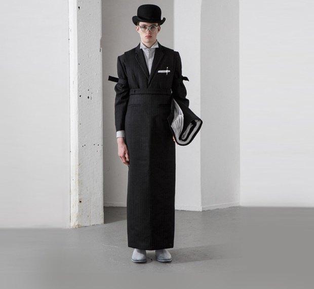 Молодой китайский дизайнер выпустила коллекцию одежды для рабочих, врачей и мясников. Изображение № 3.