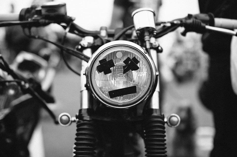 Фоторепортаж с мотоциклетного фестиваля Wheels & Waves. Изображение № 47.