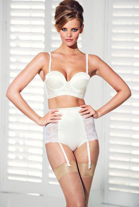 Голландская модель Марло Хорст снялась в рекламе нижнего белья Next. Изображение № 5.