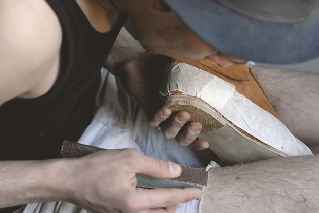 Обувь своими руками: Как сделать ботинки мечты в домашних условиях. Изображение № 39.