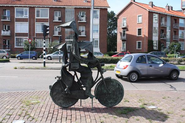 Фильм о путешествии из России в Португалию на велосипедах. Изображение № 11.
