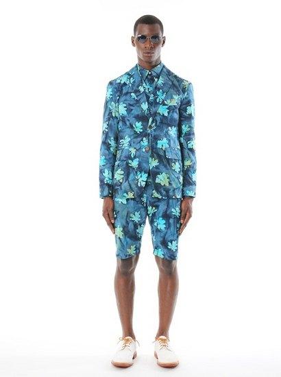 Дизайнер Марк МакНейри выпустил лукбук весенней коллекции одежды. Изображение № 3.