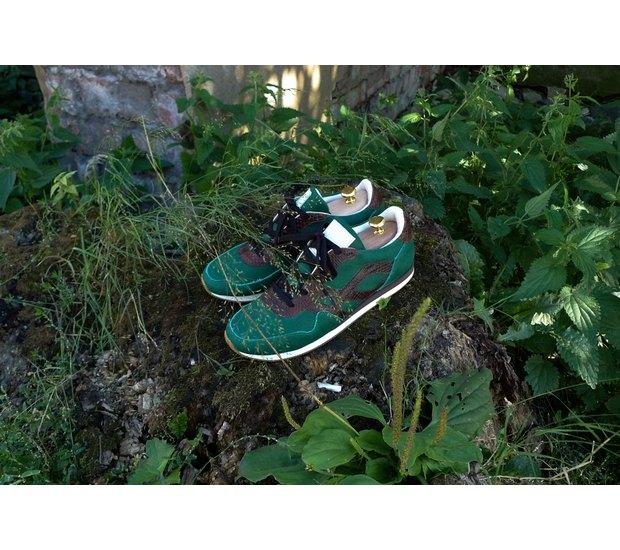 Марка AFOUR и магазин Zefear представили совместную коллекцию кроссовок. Изображение № 13.
