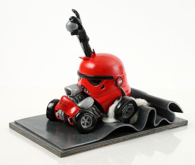 В честь Дня «Звёздных войн» Lucasfilm откроет выставку шлемов штурмовиков. Изображение № 5.