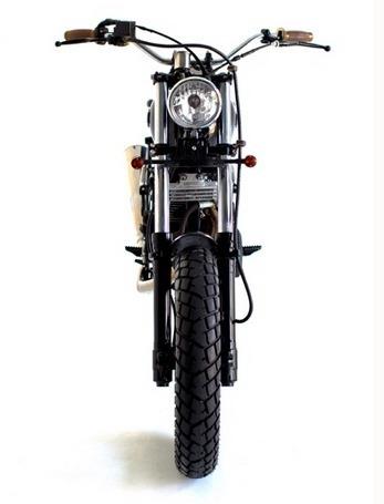 Мастерская Deus Ex Machina выпустила кастомный мотоцикл на базе Suzuki DR650. Изображение №9.