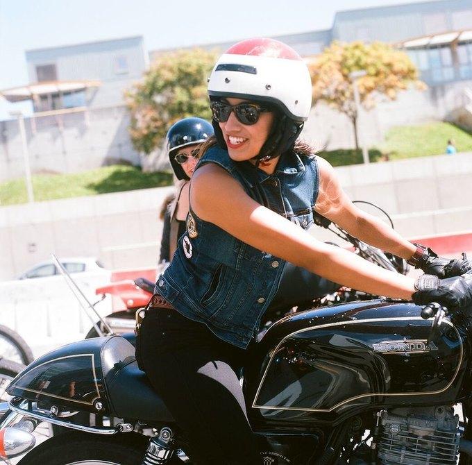 La Motocyclette: Американская фотовыставка доказывает право девушек называться байкерами. Изображение № 18.