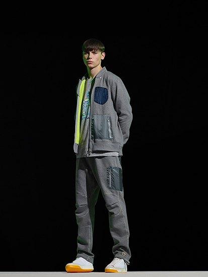 Марка Adidas Originals и дизайнер Казуки Кураиши запустили новую линейку одежды. Изображение № 7.
