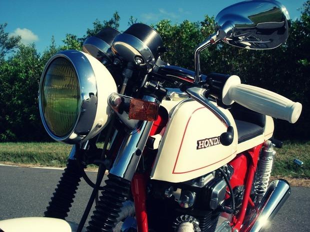 Мастерская Bare Bone Rides выпустила каферейсер на основе Honda CB200T. Изображение № 4.