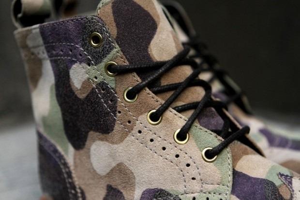 Дизайнер Ронни Фиг и марка Dr. Martens выпустили капсульную коллекцию обуви. Изображение № 5.