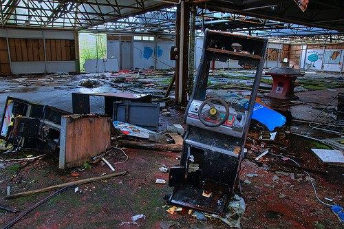 На eBay выставлен заброшенный парк аттракционов . Изображение № 3.