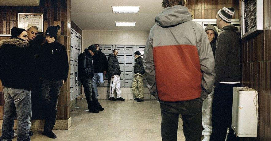 Жизнь обитателей французских окраин в фотопроекте Мохаммеда Борусса. Изображение № 1.