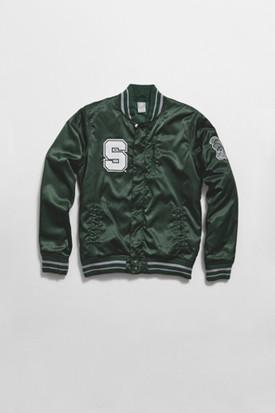 Марка Nike Sportswear выпустила весеннюю коллекцию баскетбольной одежды. Изображение № 20.