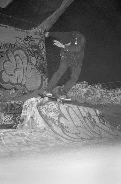 BA.KU.: Фотопроект о загадочной субкультуре канадских скейтеров-металлистов. Изображение № 8.