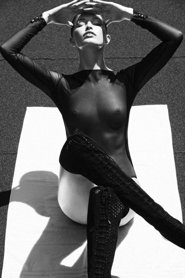 Американская модель Хайде Линдгрен снялась обнаженной для журнала Treats!. Изображение № 4.