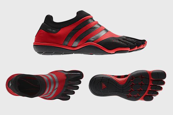 10 самых спорных моделей кроссовок 2011 года. Изображение № 19.