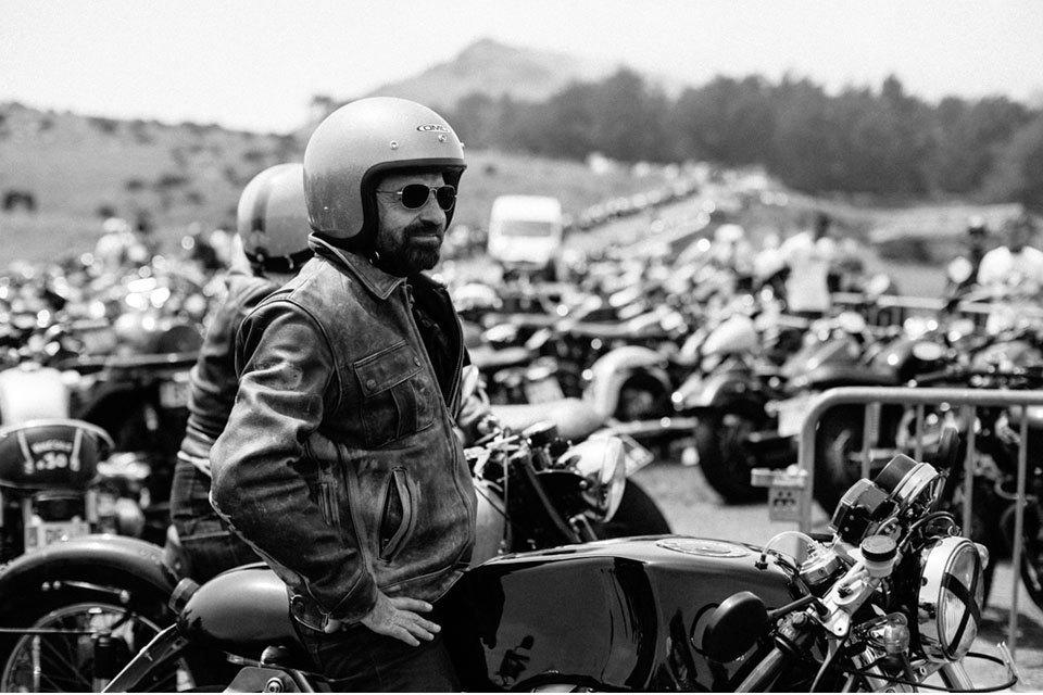 Фоторепортаж с мотоциклетного фестиваля Wheels & Waves. Изображение № 15.