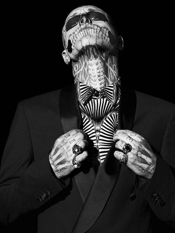 Изображение 1. Татуированная модель Рик Дженест снялся для GQ Italia.. Изображение № 4.