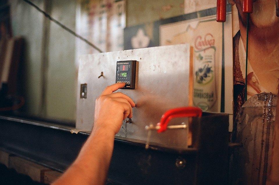 FURFUR х Pepper Customs: Как выглядит процесс создания лонгборда. Изображение № 20.