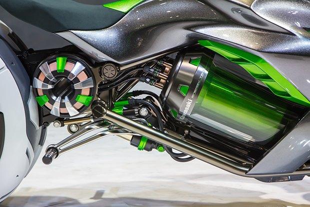 Kawasaki представили новый мотоцикл-трансформер. Изображение № 3.