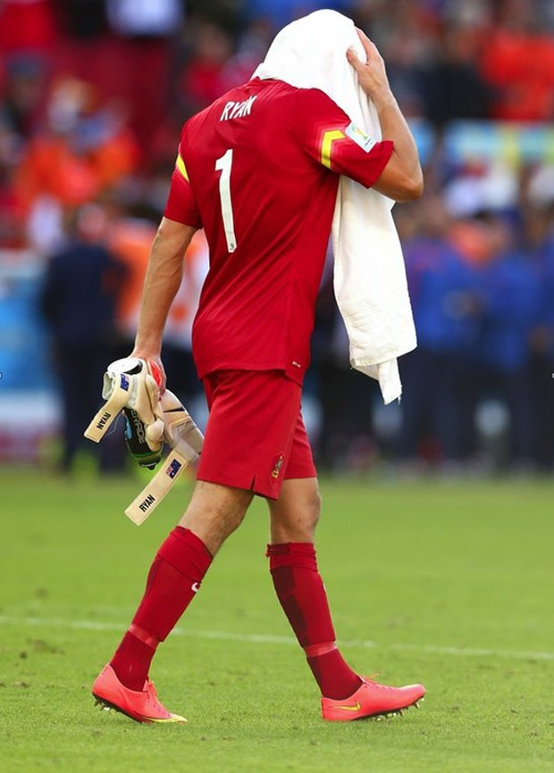 Грустные футболисты: Самый трагичный Tumblr-блог в истории современного спорта. Изображение № 9.