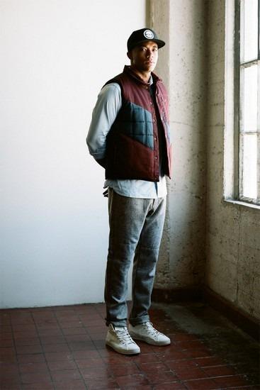 Марка Publish опубликовала лукбук новой коллекции одежды своей линейки Holiday. Изображение № 6.