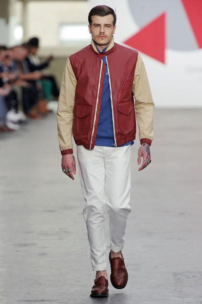 Марка Oliver Spencer выпустила летнюю коллекцию одежды. Изображение № 31.