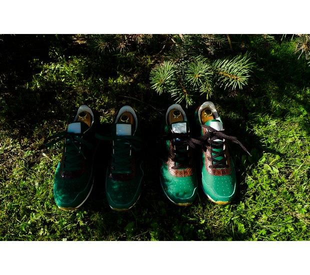 Марка AFOUR и магазин Zefear представили совместную коллекцию кроссовок. Изображение № 5.