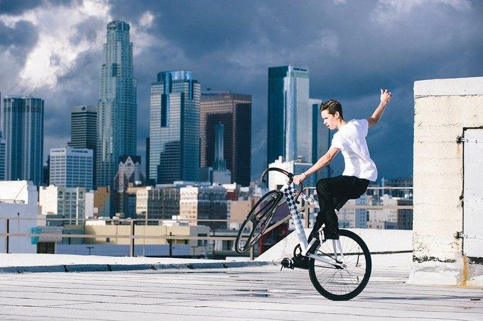 Vans и Leader Bikes представили лукбук и видеолукбук новой коллекции. Изображение № 1.