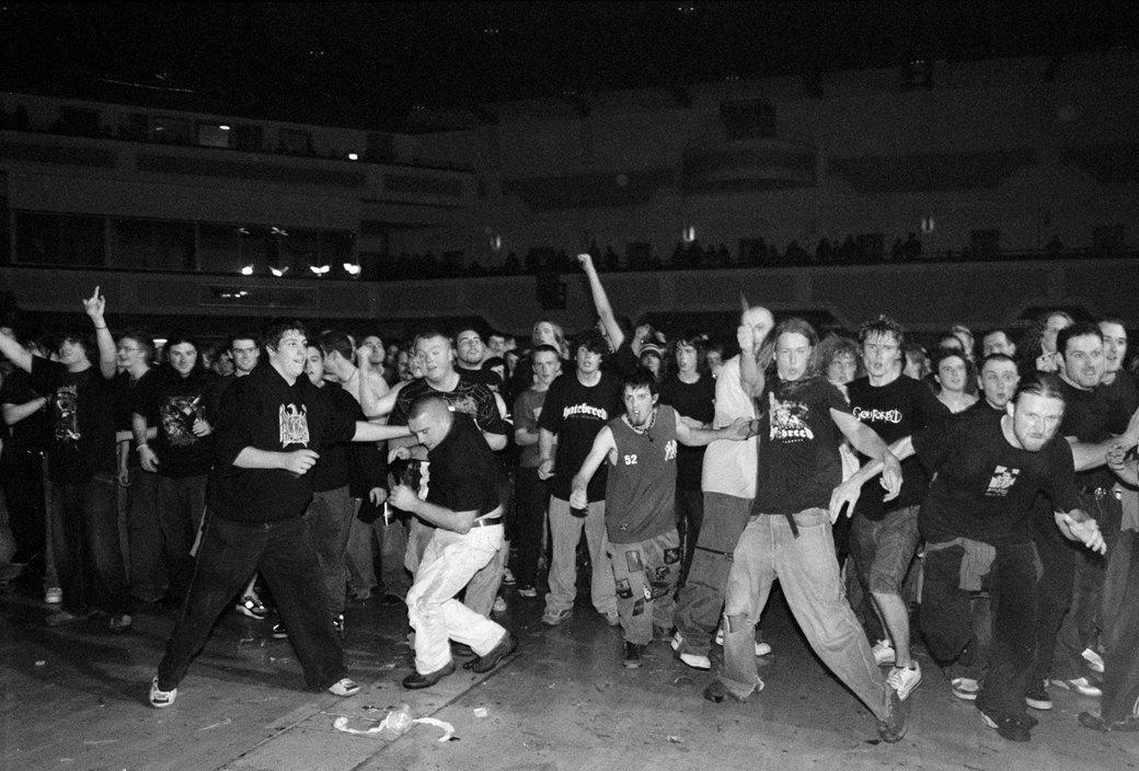 Убийцы: Как выглядят фанаты главной в мире метал-группы. Изображение № 6.