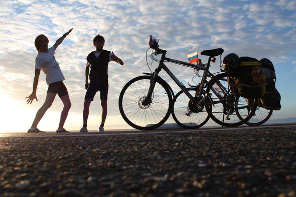 Фильм о путешествии из России в Португалию на велосипедах. Изображение № 10.