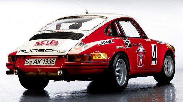 Вышла книга Porsche 911 Book: 50th Anniversary Edition. Изображение № 3.