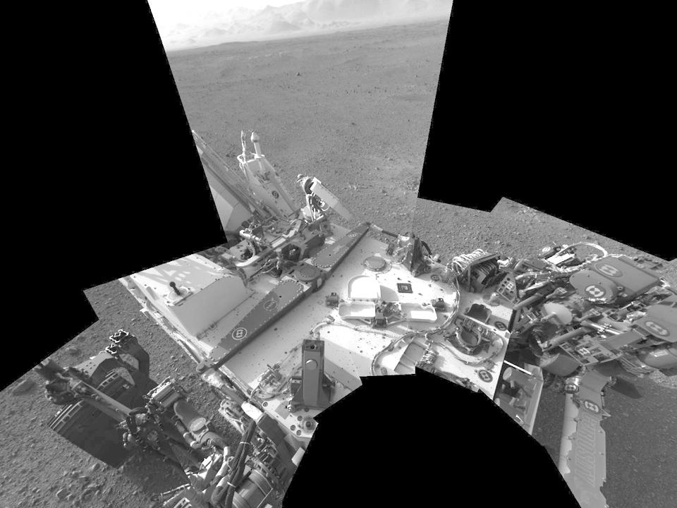 10 фотографий с марсохода Curiosity и поверхности Красной планеты. Изображение № 3.
