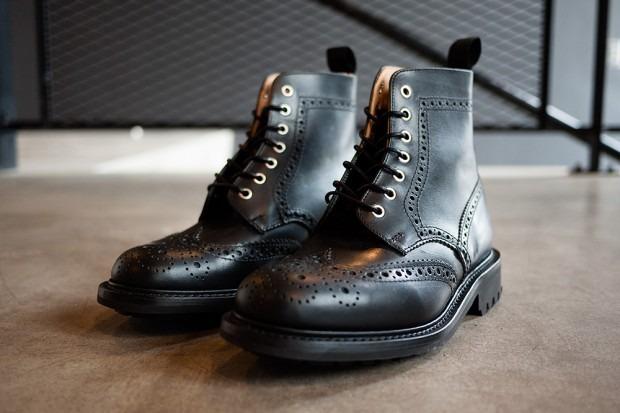Дизайнер Марк МакНейри и канадский магазин Haven представили совместную коллекцию обуви. Изображение № 2.