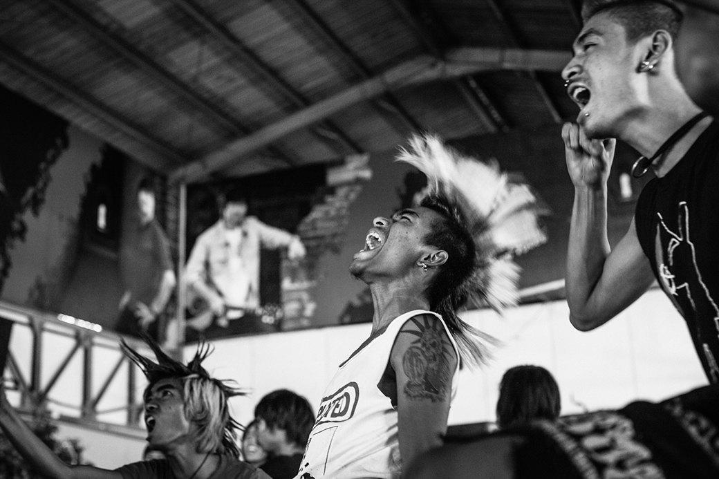 Панк в условиях военной диктатуры: Фотопроект Грега Холланда. Изображение № 9.