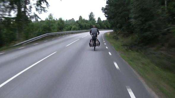 Фильм о путешествии из России в Португалию на велосипедах. Изображение № 5.