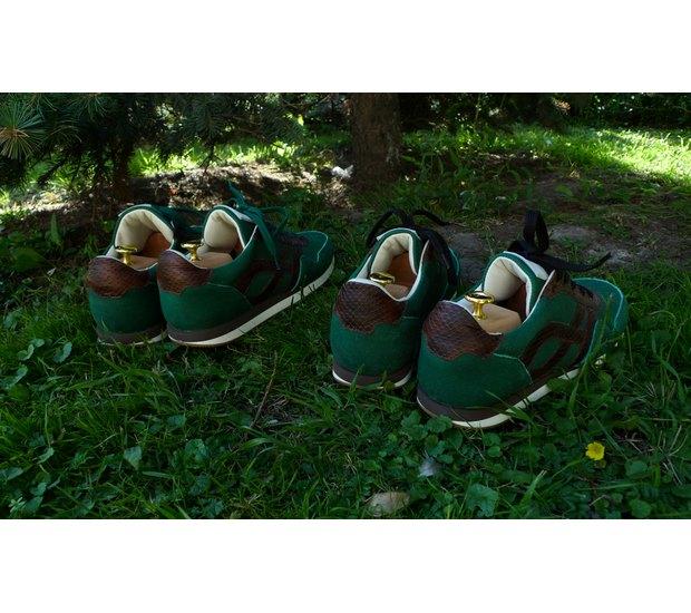 Марка AFOUR и магазин Zefear представили совместную коллекцию кроссовок. Изображение № 9.