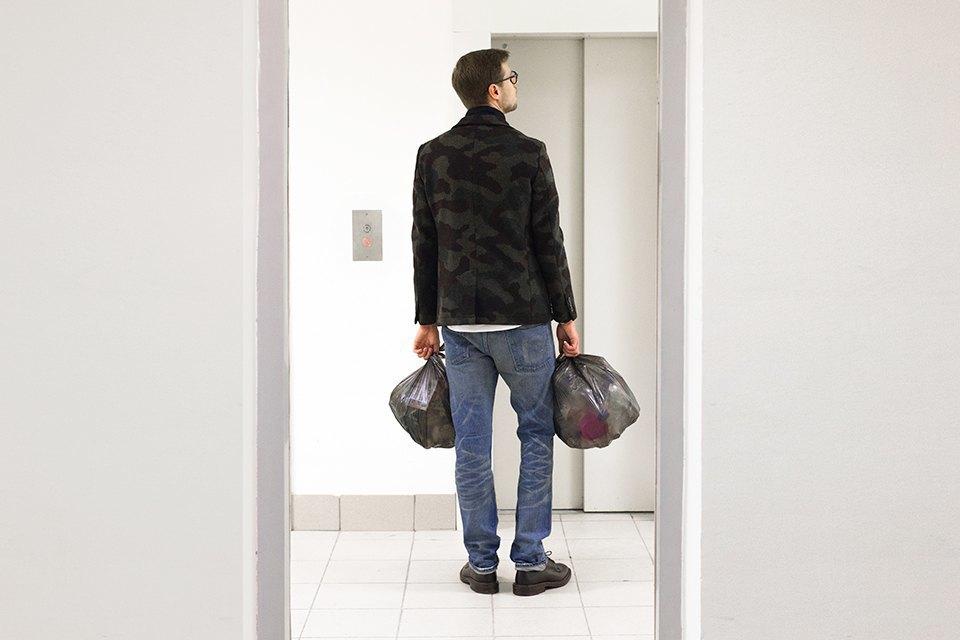«Даже вынести мусор умею красиво». Изображение № 1.