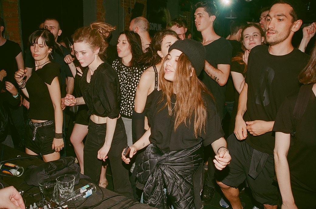 Фоторепортаж: «Дисциплина» в клубе Fassbinder. Изображение № 32.