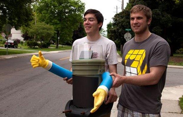 Канадские робототехники отправят робота в путешествие автостопом. Изображение № 1.