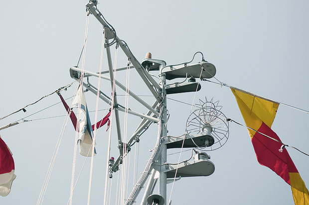 Детали: Моряки и корабли на Дне ВМФ в Санкт-Петербурге. Изображение № 16.