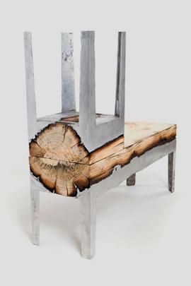 Дизайнер Хилла Шамиа сделала мебель из древесных стволов и расплавленного алюминия. Изображение № 2.