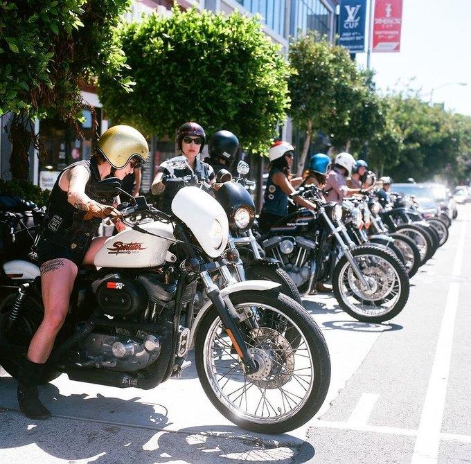 La Motocyclette: Американская фотовыставка доказывает право девушек называться байкерами. Изображение № 2.