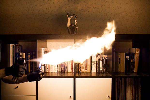 Власть огня: Испытание дезодорантов на длину пламени. Изображение № 6.