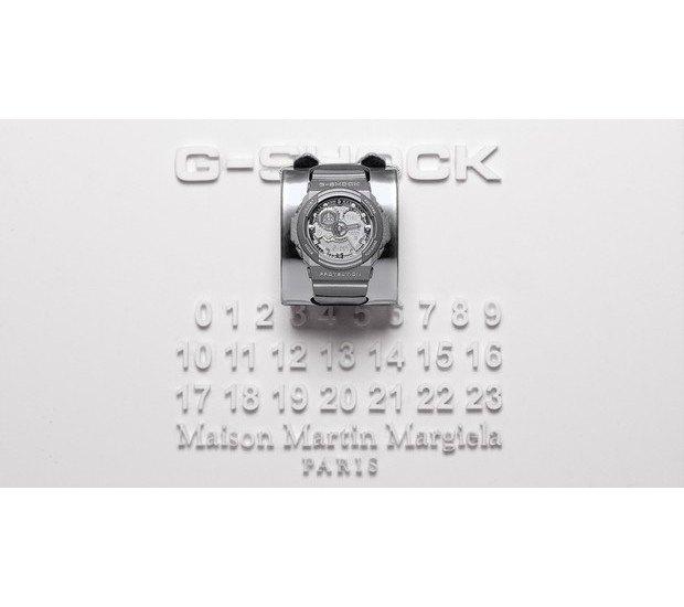 G-Shock и марка Maison Martin Margiela выпустили совместную модель часов. Изображение № 6.