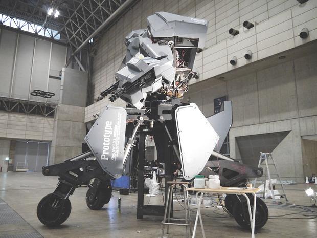 В Японии произвели четырехметрового боевого робота. Изображение № 4.