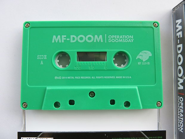 Рэпер DOOM переиздаст свой первый альбом на кассетах. Изображение № 4.