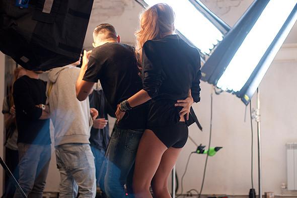 Дом моды: Репортаж со съемок видео модельного агентства. Изображение № 11.