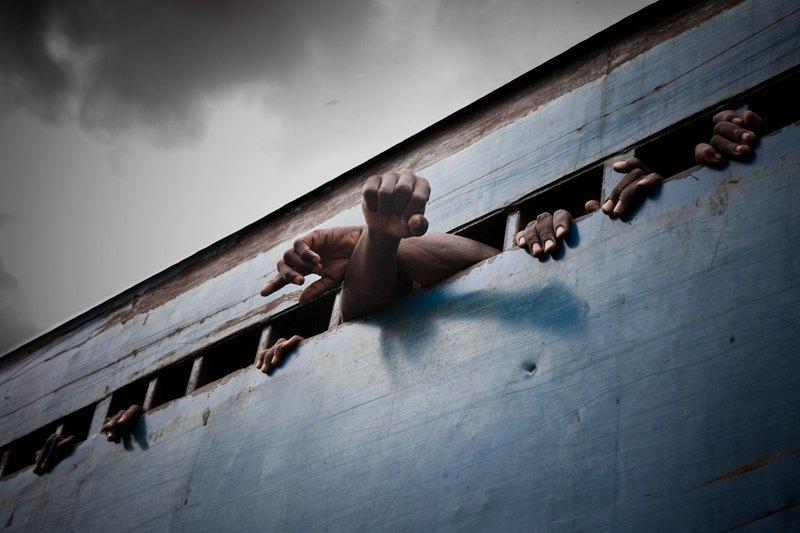 Как подростки Сьерра-Леоне годами живут в тюрьме в ожидании суда по их делу. Изображение № 27.